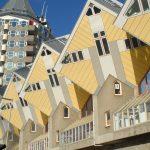 Rotterdam Cubes mit Hochhaus