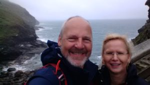 Doris und Dominic in Tintagel
